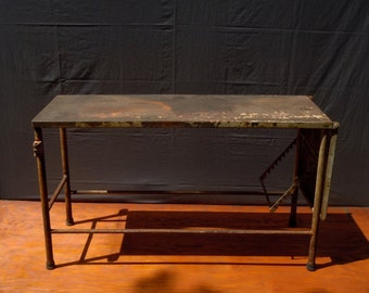 Vintage Industrial Metal Medical Table / Distressed Rusty Weathered Paint / Side Table / Garden Table / Industrial Decor / Adjustable Table