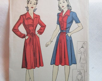 "Antique 1942 DuBarry Pattern #5471 - size 34"" Bust"