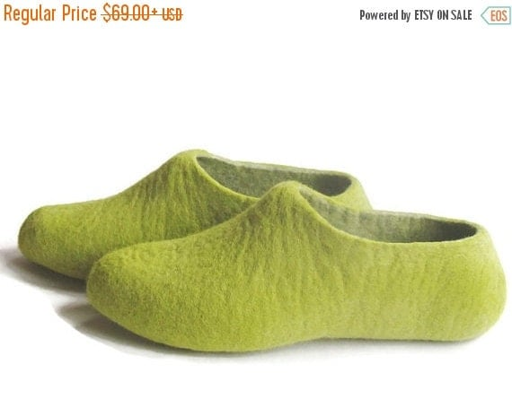 ON SALE 15% OFF Mens Wool Slippers Woodman House Shoes for Him Husband Gift Travel Shoes for Men Green Gifts Birthday Gifts Cozy Gifts Seaso