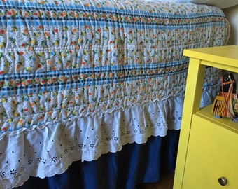 BEDSPREAD - white eyelet RUFFLE - TWIN size - gingham look - navy - red - yellow - orange