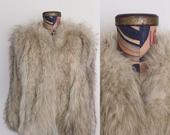 1940's Artic Fox Fur Stole Wrap Fur Cape White Oatmeal Tan Fur Cape Sz Small to Medium by Maeberry Vintage