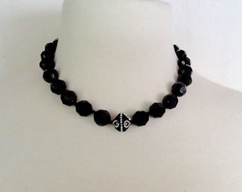 Black bead necklace with crystals