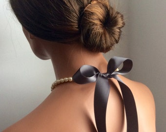 pearl necklace   bridesmaids gifts   bridal jewelry   prom   formal attire   bridal   black tie   dark grey   chic   weddings   prom   bride