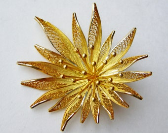 Vintage 40s Fine 835 Silver Filigree Gold Vermeil Delicate Flower Brooch Pin