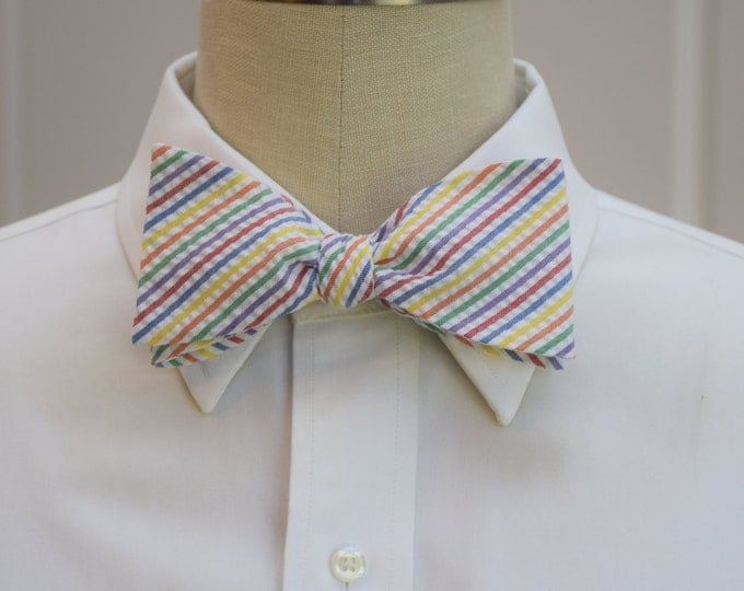 Men's Bow Tie, multi color seersucker stripes, wedding party tie, groom bow tie, groomsmen gift, wedding accessory, self tie bow tie,