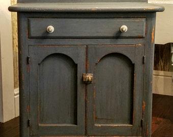 Vintage/Antique Cabinet/Vanity Cabinet/Distressed Cabinet/Distressed Vanity/Nightstand