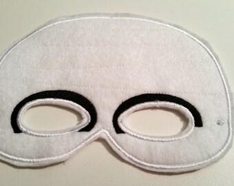 Felt Mummy Mask, White Mask, Felt Mask, Kids Mask,  Costume Mask, Dress Up Mask, Machine Stitched, Pretend Play, Child Mask, Ready to Ship