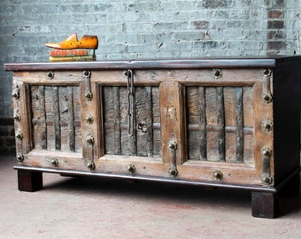 Large Trunk Storage Bench Blanket Box Shoe Storage Reclaimed Antique Indian Door Mudroom Moroccan Interior Game of Thrones