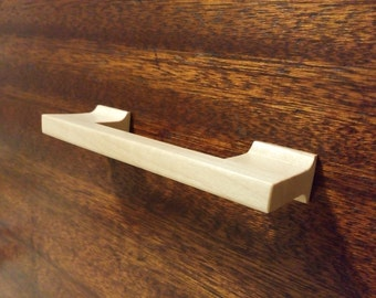Maple Wood Cabinet Pull with Coved Posts