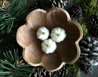 Felted wool Natural White pumpkins for Halloween and Harvest, for Waldorf children or natural home decor, set of 3