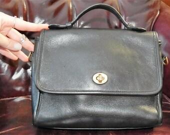 Beautiful----Authentic COACH---Vintage  Leather ---Authentic Coach Court Handbag--Rich Black Leather