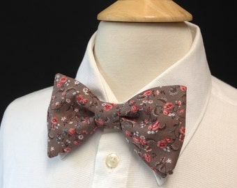 Brown Floral Bow Tie /  Pre-Tied Bow Ties / Country Weddings / Brown And Peach Floral Cotton Bow Tie / Bow Ties Men / Rustic Wedding