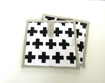 Pot Holders, Set of 2 - Black Plus on White and Natural Linen - Ready to ship