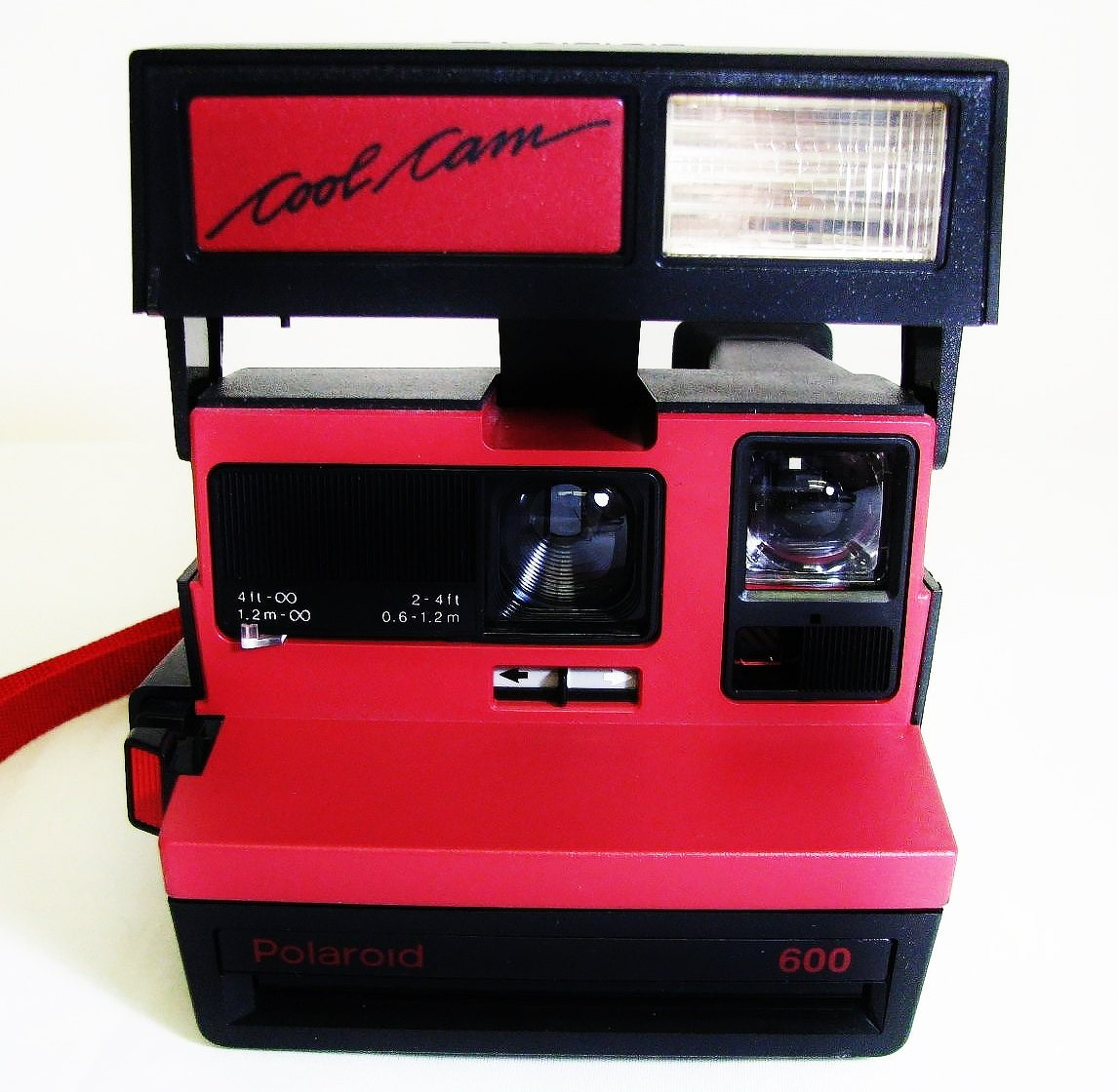 vintage polaroid red cool cam instant camera with matching carrying case. Black Bedroom Furniture Sets. Home Design Ideas