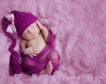 Long Tail Purple Baby Hat with Tail and Pink Bow, Baby Hat Photo Prop, NewBorn, Girl, Photoprop, Lnit Photo Prop, Purple Hat, Bow hat