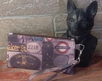 Sherlock Holmes inspired zipper pouch.
