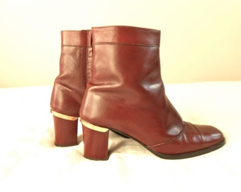 1970s Vintage Leather Boots Brown Red Gold Trim Ankle 70s Size 7 N Western Disco Women's Booties Made in Italy