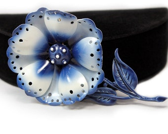 Mod Flower Brooch Signed Hedy in Blue and White Enamel, Original Box