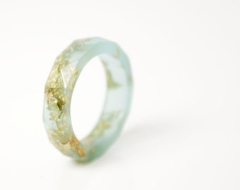 seaglass and gold size 5.5 thin multifaceted eco resin band ring