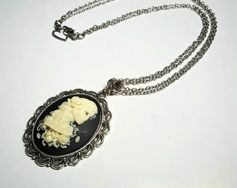 """SALE Romantic Black & Ivory Dia De Los Muertos/Day of the Dead Skeleton Bride Cameo Necklace w/""""Forever Love"""" Banner and Roses FREE SHIPPING"""