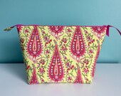 Zippered Flat Bottom Knitting Project Pouch Bag Tote Large Size Pink Green Paisley