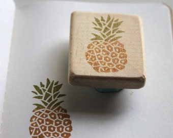 Pineapple rubber stamp, hand carved, wood mounted