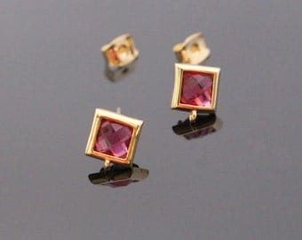 Gold Ruby Red Crystal Square Stone Earrings, Earrings Findings, Small Square Studs, Posts, 2 pc, KY21925