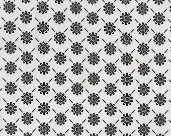 RJR Fabric/ Ink Blossom, Quilting Fabric / Cotton, White & Black