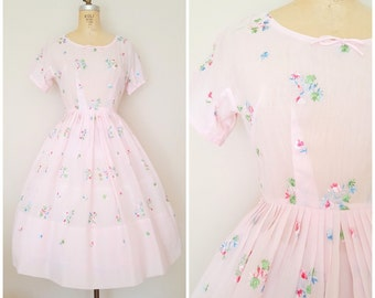 Vintage 1950s Dress / Pink Floral Dress / Floral Embroidery / Small