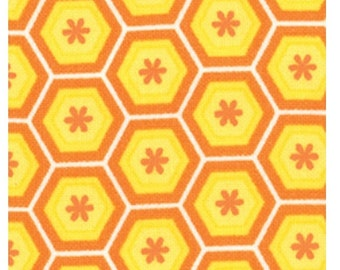 Snap Pop Sunshine Yellow Honeycomb 17719 16 by Sandy Gervais for Moda