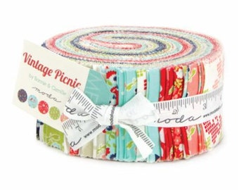 Vintage Picnic Jelly Roll by Bonnie & Camille for Moda