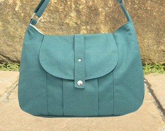 Teal green cotton canvas messenger bag / shoulder bag / everyday bag / diaper bag / cross body bag - 6 pockets
