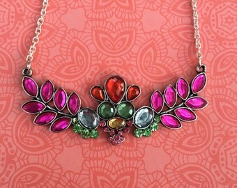 Gorgeous multicolor floral necklace