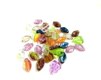 40pcs Czech Glass Leaf Beads /Mixed Color