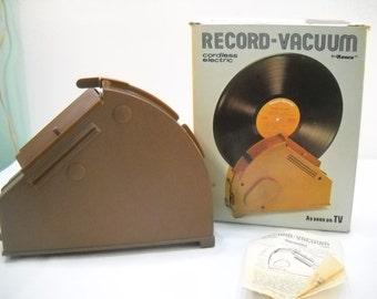 Vintage Record Vacuum Cordless Electric Record Vacuum 1976 LP Cleaner Record Cleaner
