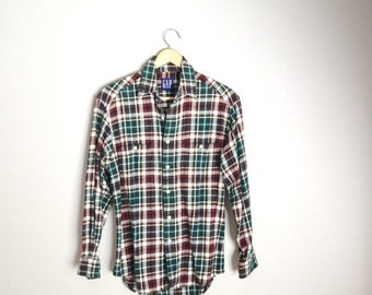 July SALE - 15% Off - Vintage 90s GAP REd WHite Green Plaid Flannel // mens small// womens medium