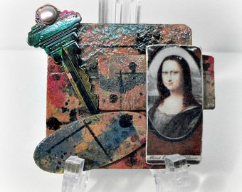 Mona Lisa Brooch, Mona Lisa Pin, Mixed Media Brooch, Altered Art Brooch, Wearable Art, Renaissance Art, Unique Gift, One Of A Kind Jewelry