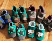 Boiled Wool Slippers / Child / Toddler Booties / Leather soles Warm / Winter Baby Shoes / Mushroom