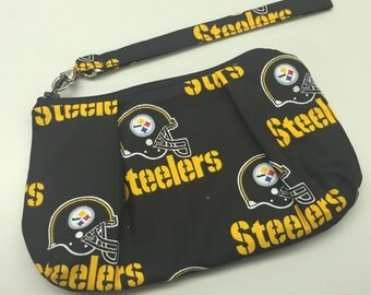 Pittsburgh Steelers Double Pleated Wristlet