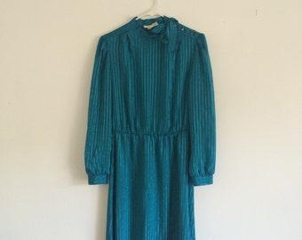1980s preppy hipster ascot bow secretary shift dress