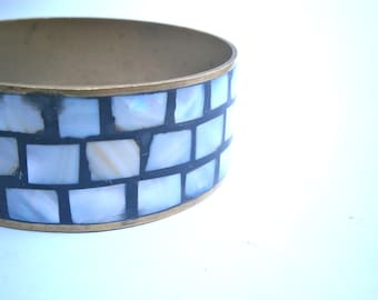 Vintage Mosaic Inlay Brass Bangle Mother Of Pearl MOP Bracelet Three Rows Inlaid Boho Hippie Luminescent Pearlized Cuff Villa Collezione