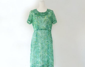 1950s Green Brushstroke Fit and Flare Day Dress 50s Vintage Sheer Cotton Voile Full Circle Skirt Medium Large Summer Garden Party Dress