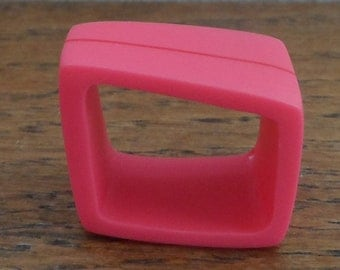 Pink resin ring - cerise pink ring with red stripe design