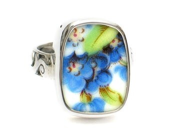 Size 8 Broken China Jewelry Blue Forget Me Not Flowers AL Sterling Ring