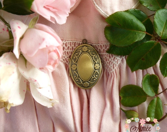 antique bronze locket, oval locket, photo locket, victorian locket, vintage locket, memory locket, bridesmaid gift, child's locket