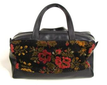 vintage 60s Black Floral Tapestry Carpet Bag Zipper Purse Handbag Mary Poppins Dr Bag
