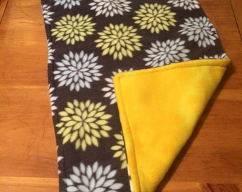 Reversible Guinea Pig Fleece 1x2 C&C Yellow and Gray floral