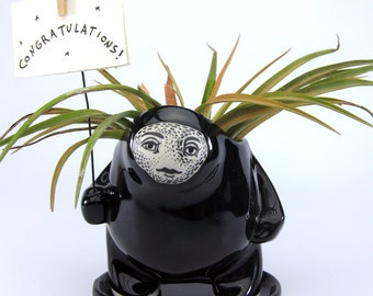 Super Shiney Black Creature Pot