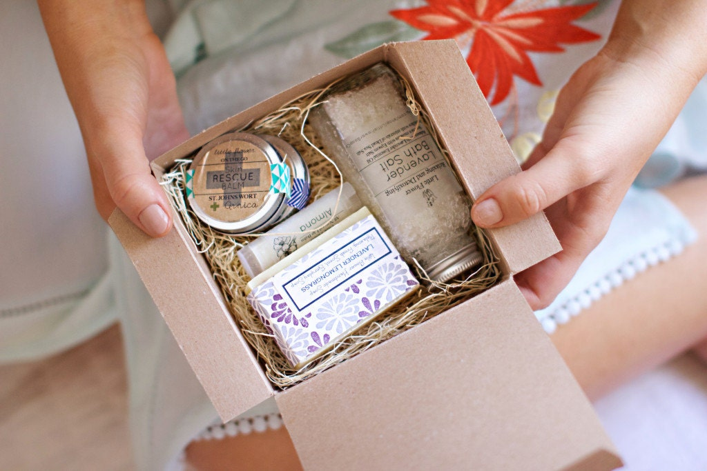 Bridesmaid Gift Box Wedding Personalized Bridesmaid Gifts
