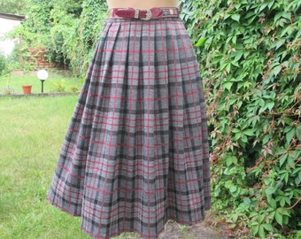 Full Skirt / Checkered Skirt / Skirt Vintage / Plaid / Tartan / Size EUR42 / UK14 / Black / Red / Gray